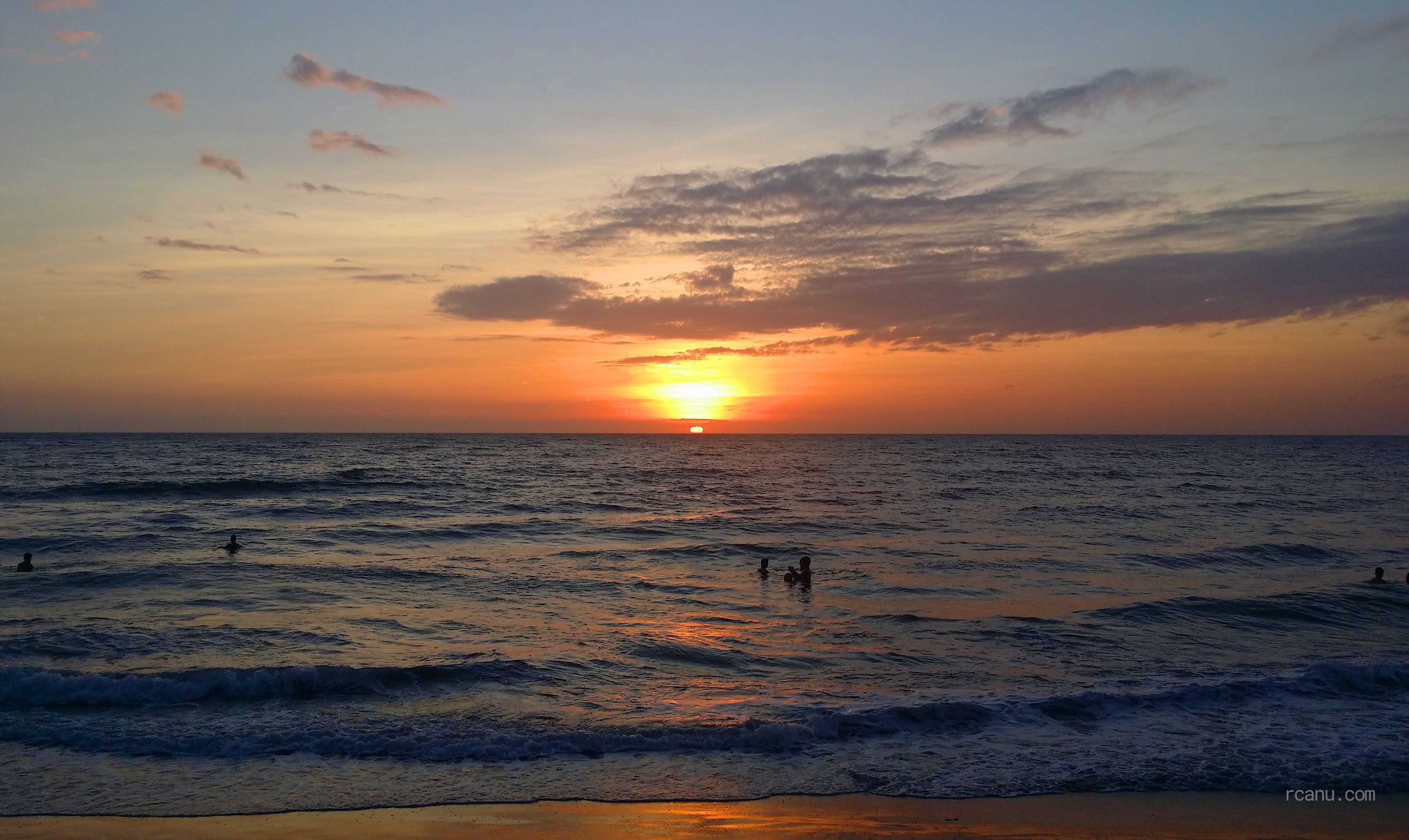 A photo of a sunset in a beach in San Fernando, La Union, Philippines